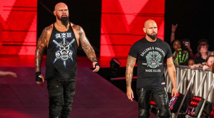 Gallows and Anderson re-sign