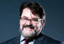 Tony Schiavone to AEW