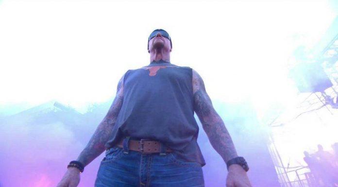 Undertaker appears on ESPN College GameDay