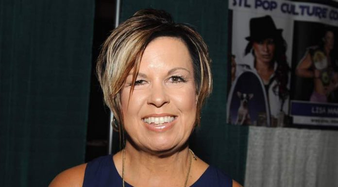 Vickie Guerrero announces her father has passed away