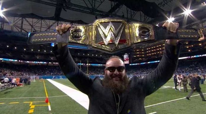 Braun Strowman awards Chicago Bears custom WWE Title belt after Thanksgiving win