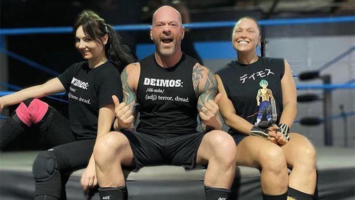Ronda Rousey back wrestling