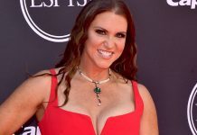 Stephanie McMahon sells stock