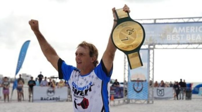Doug Flutie wins the WWE 24/7 Championship
