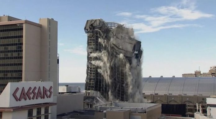 Trump Plaza home of WrestleMania 4 and 5 demolished